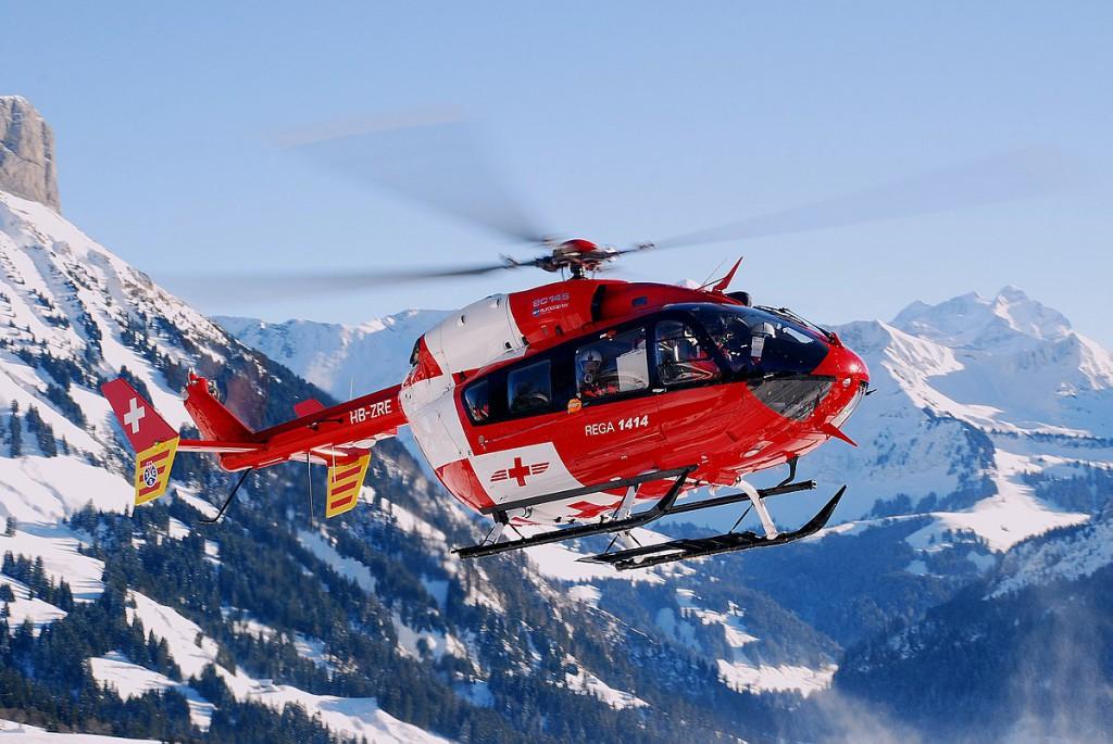 1200px-Zepper-BK_117-C2-(EC145)-SchweizerischeRettungsflugwacht